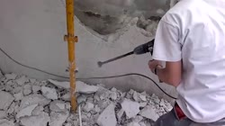 How to use a Demolition Hammer Properly (subtitles)
